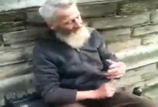 Крутой Дедуля Играет Faithless На Ложках