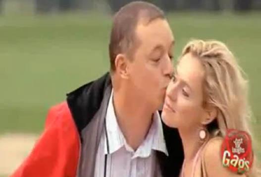 Розыгрыш С Поцелуем